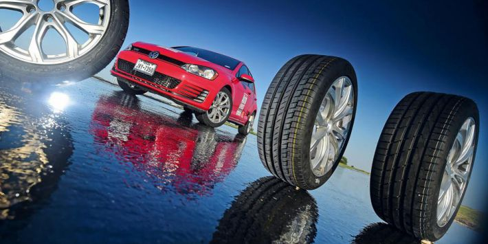 AutoExpress tests 10 summer tyres in Texas