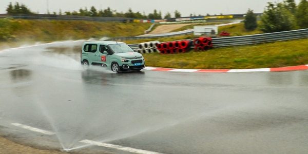 2019 All season tyre comparison test: ACE has tested all season tyres in wet conditions