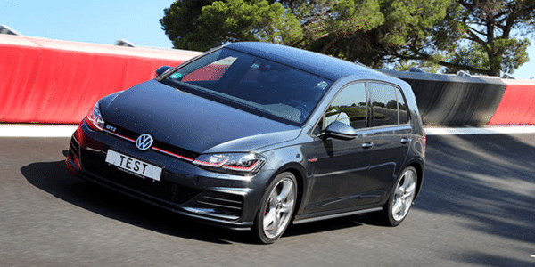 ADAC and TCS summer tyres test: Golf GTI in dry conditions