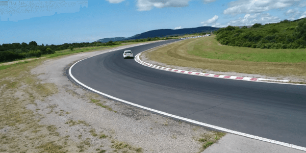 All season tyres test: Tyre Reviews compares cornering in dry conditions