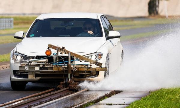 Summer tyres comparison: Auto Zeitung wet braking test