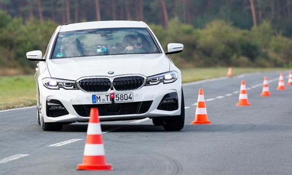 Summer tyres comparison: Auto Zeitung slalom test