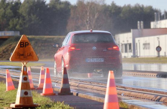 2019 Autobild winter tyre comparison test: braking distances tested in wet conditions