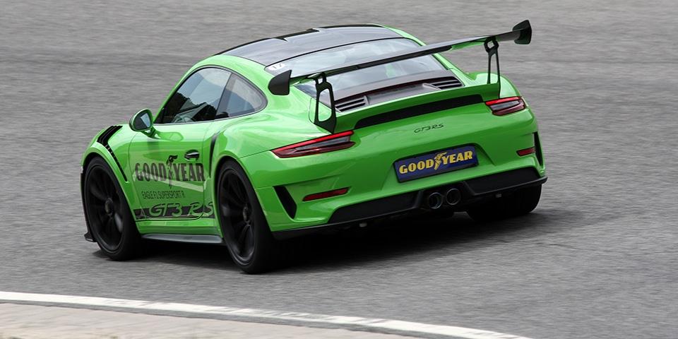 Goodyear Eagle F1 supersport RS Porsche test