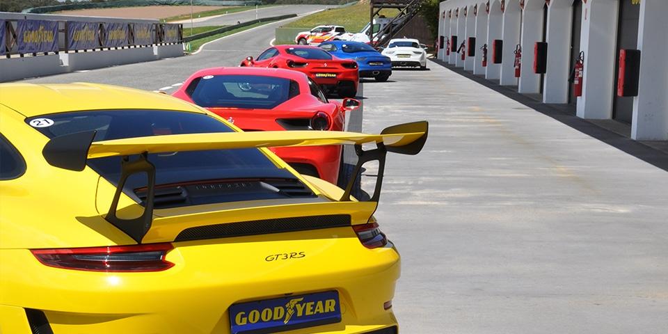 Goodyear Porsche 911 GT3 RS test