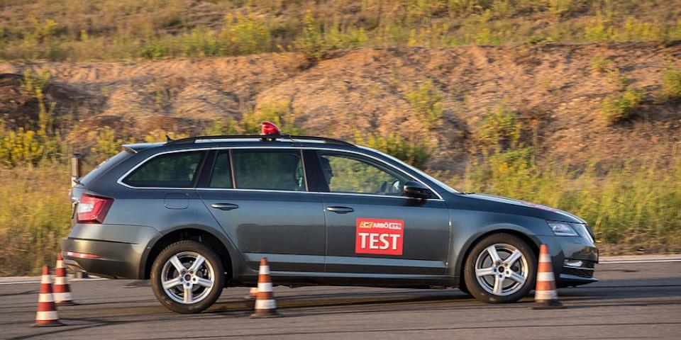 Test ACE Lenkrad braking