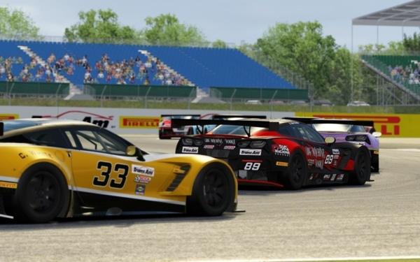 Trans AM by Pirelli eSports: racing on a car simulator