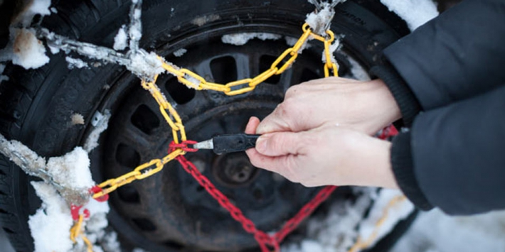 Snow chains: models and fitting