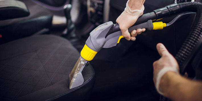 Correctly clean the seats and carpets in your car to keep it healthy