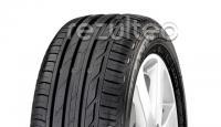 Tyre with asymmetric tread
