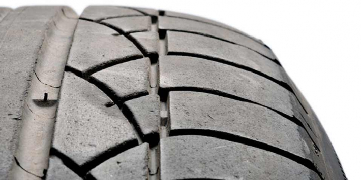 Wear on the shoulder of a tyre for 4x4